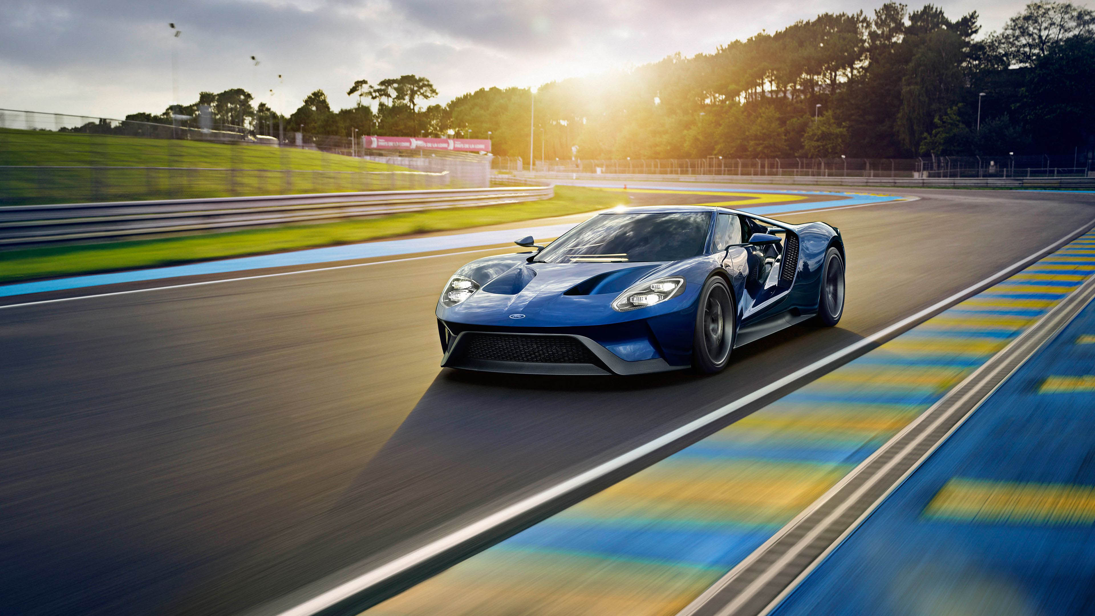 2017-Ford-GT-Car-4K-Resolution-HD-Picture-Cool-Wallpaper
